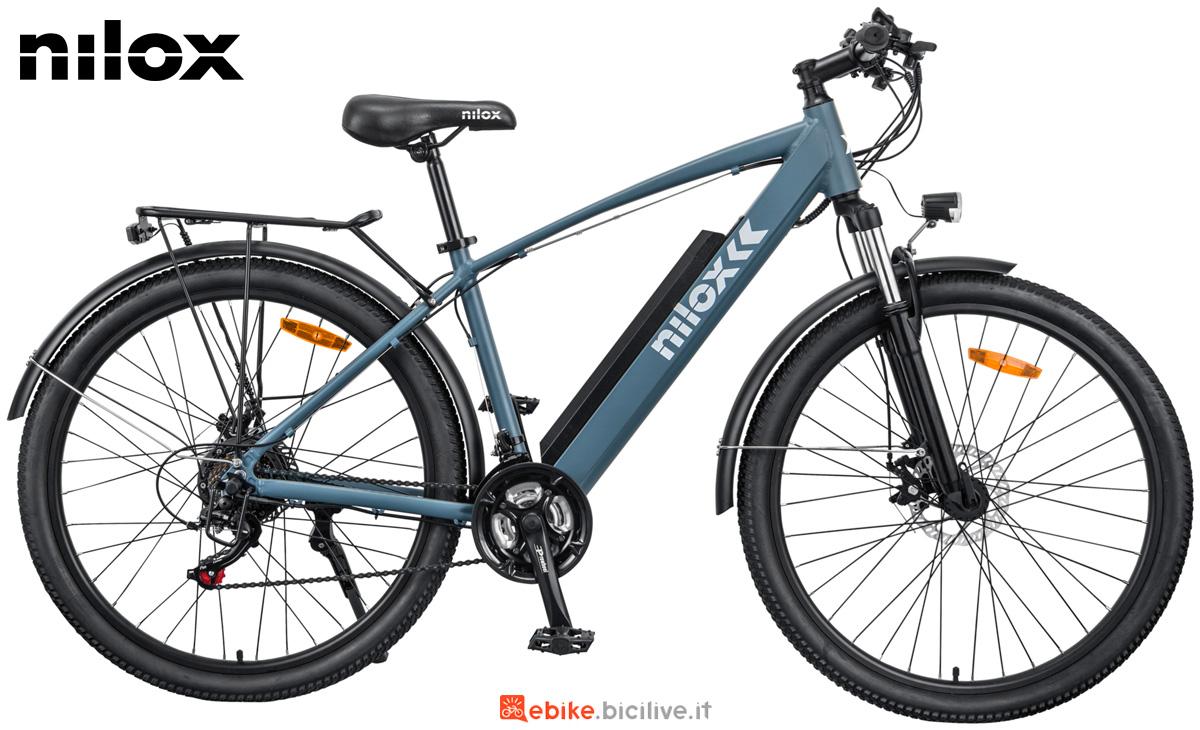 Una e-bike Nilox X7 collezione 2021