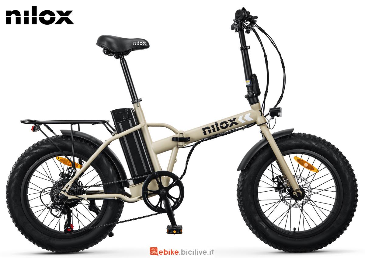 Una ebike pieghevole Nilox X8 anno 2021