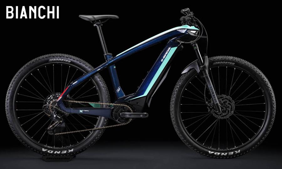 Bianchi e-Omnia X-Type in colorazione blu