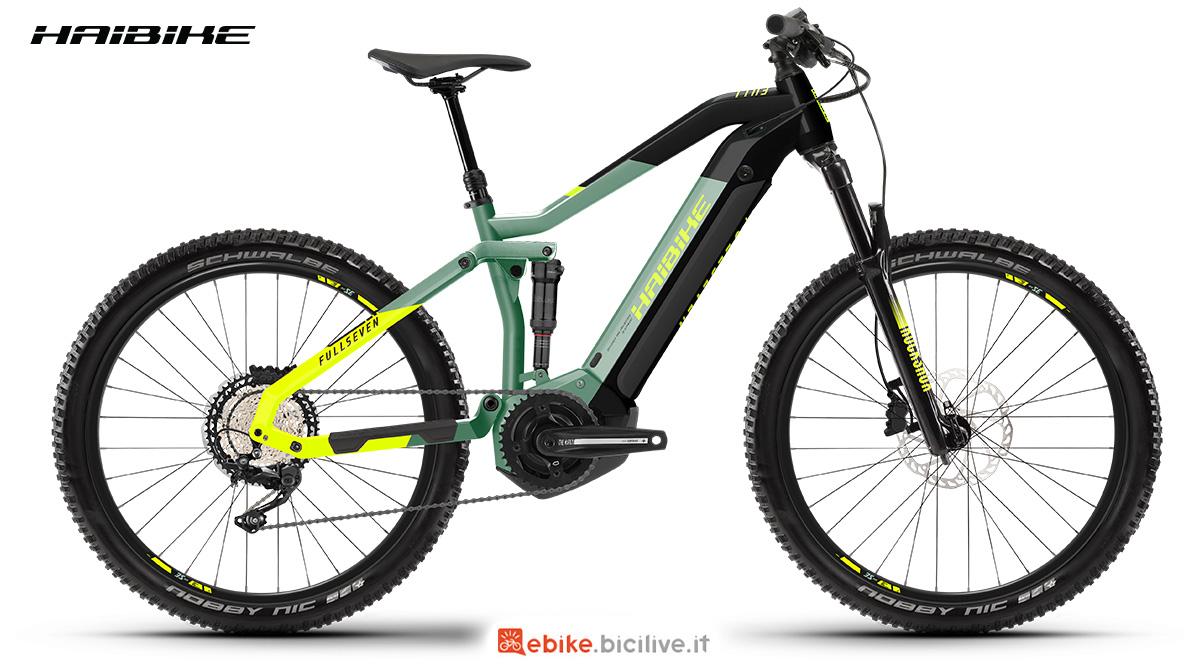 La nuova mountainbike elettrica Haibike Fullseven 6 2021 vista lateralmente