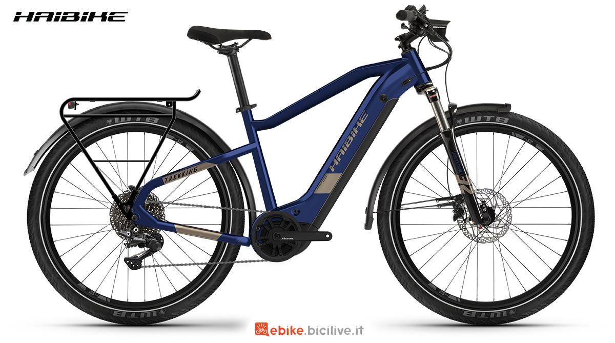 La nuova bici elettrica Haibike Trekking 7 2021 vista lateralmente