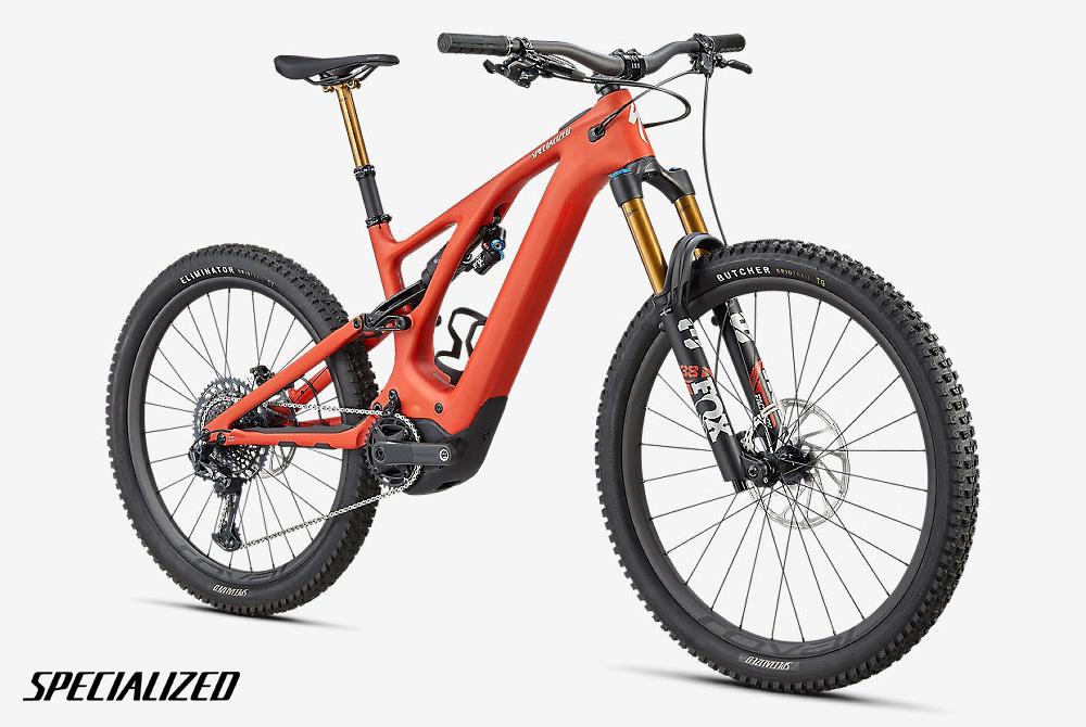 Una MTB elettrica a pedalata assistita Specialized Turbo Levo Pro 2022