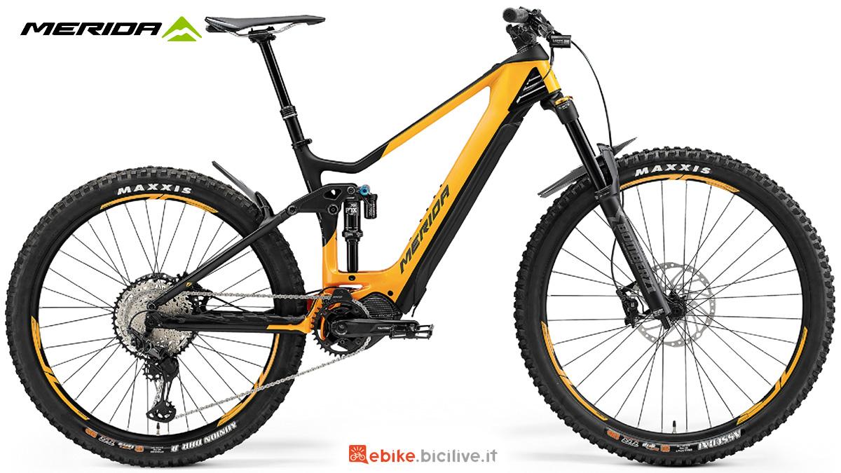 La nuova mountainbike elettrica biammortizzata Merida One Sixty 8000 CFA 2021
