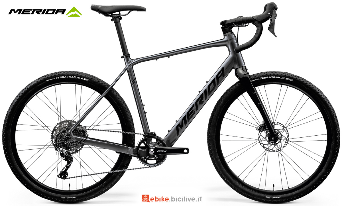 La nuova bici elettrica da strada Merida Esilex Plus 600 2021
