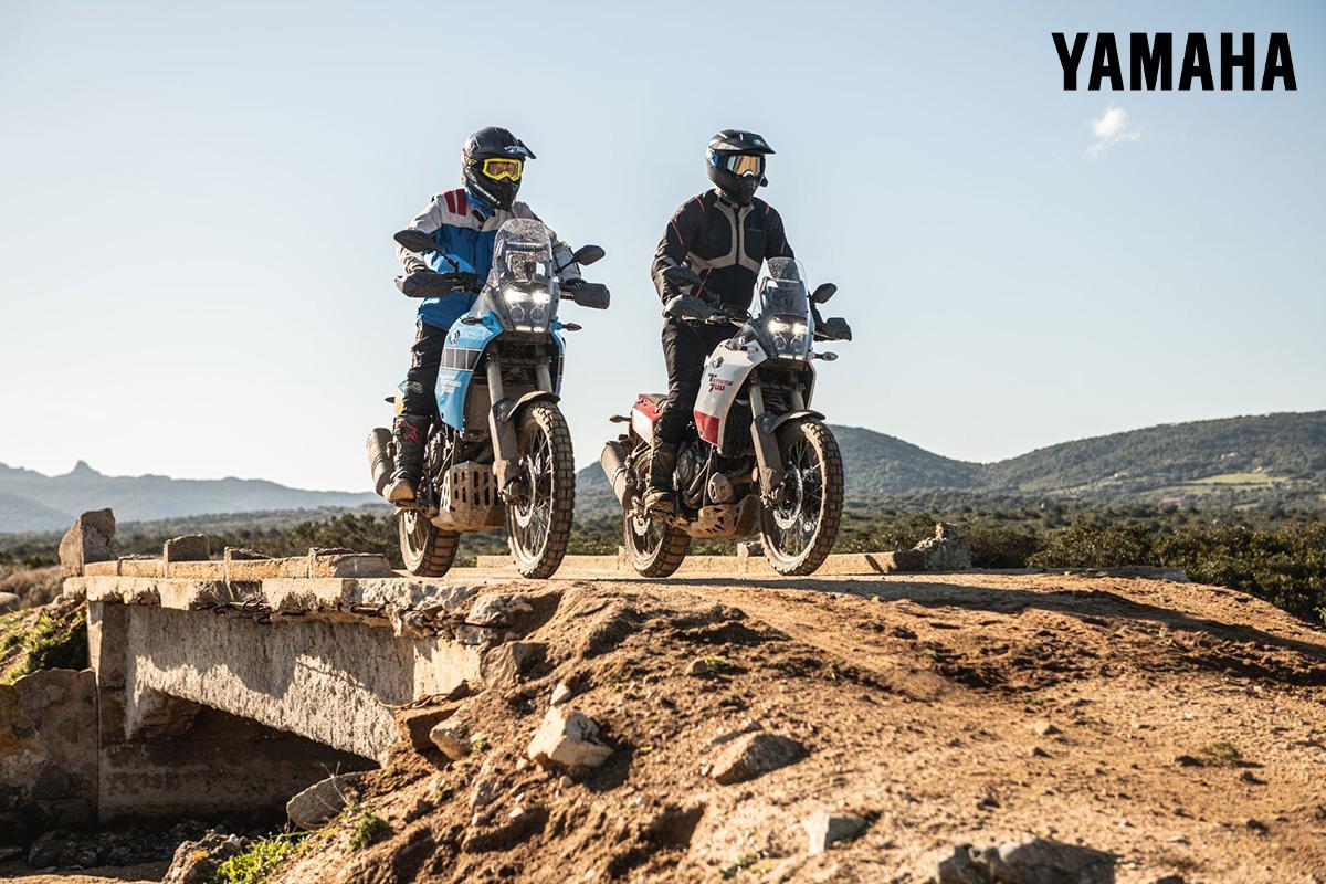 Due rider in sella a delle moto Yamaha sull'Isola Culuccia 2021