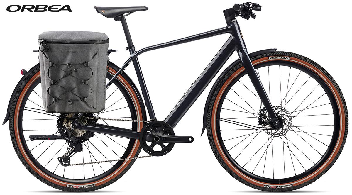 La nuova bici elettrica da città Orbea Vibe H10 EQ con il portapacchi
