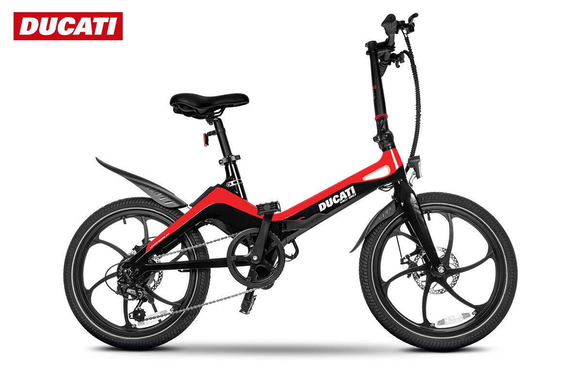 La nuova ebike pieghevole Ducati MG 20 2022 con telaio in magnesio