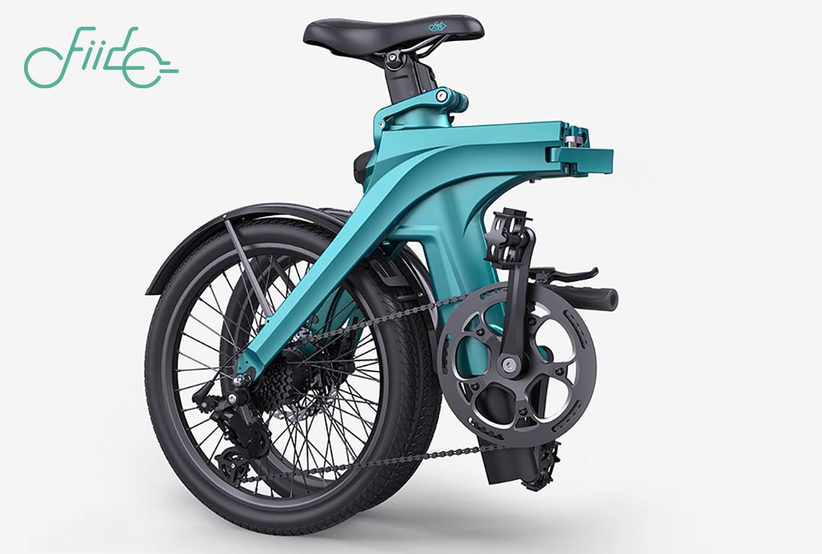 La nuova bici elettrica pieghevole Fiido X 2022 piegata