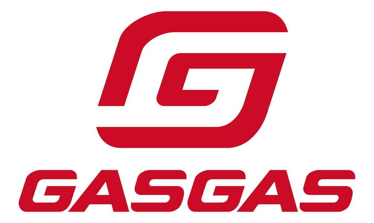 Dettaglio del logo di GasGas in colorazione rossa