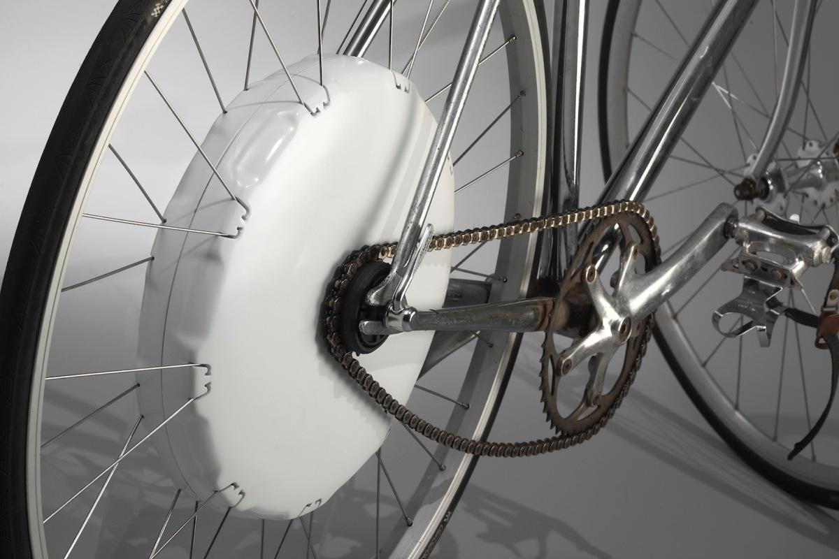 Il kit Flykly montato su una bici