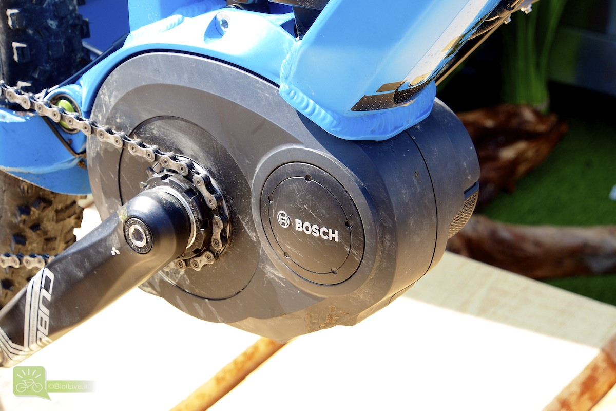 Un motore Bosch montato su una bicicletta elettrica a pedaòlata assistita